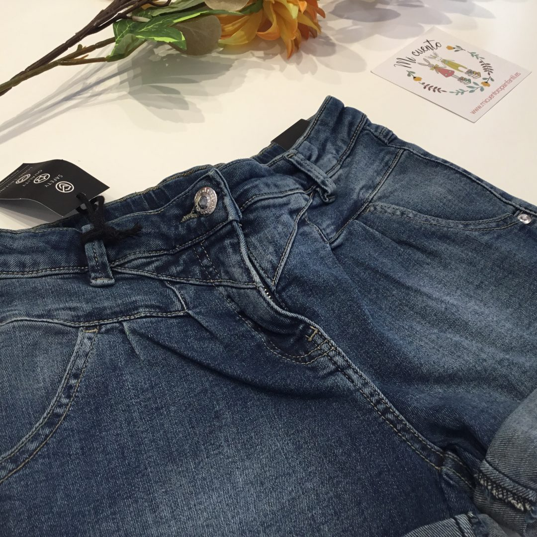 pantalon corto sarabanda